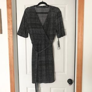 Apt 9 wrap dress